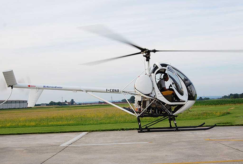 Elicottero Noleggio : Helicopter school pavia piacenza milano