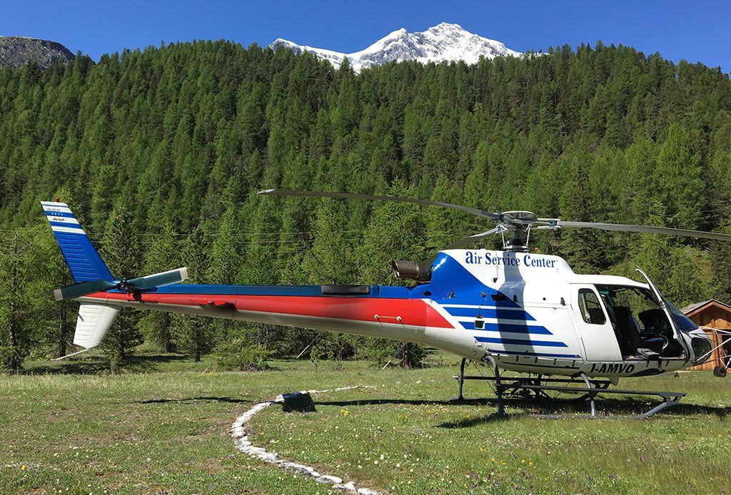 Air Service Center Cortina.Tourist Flights With Helicopter Dolomiti Pavia Piacenza Milano Bolzano